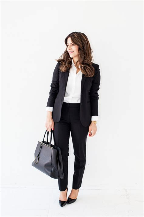 What to Wear for a Job Interview - The Everygirl