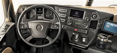 actros mp4 innenraum realistic new actros interior 1 5 scs software