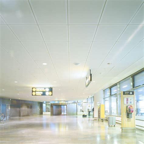 plafond acoustique avec ou sans perforations knauf linear knauf