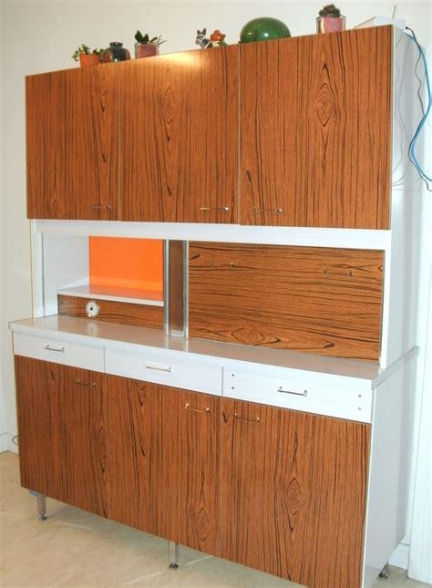 customiser cuisine l 39 atelier déco du capagut le meuble en formica de xhochabel
