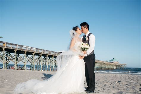 Tides Folly Beach Wedding   RIVERLAND STUDIOS