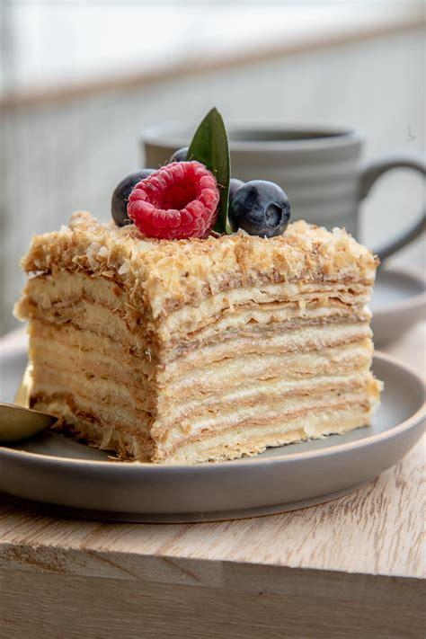 .десертмосква #кондитерскаямосква #лучшиетортымосквы #napoleon #napoleoncake. Best Napoleon Cake Ever! - Let the Baking Begin!