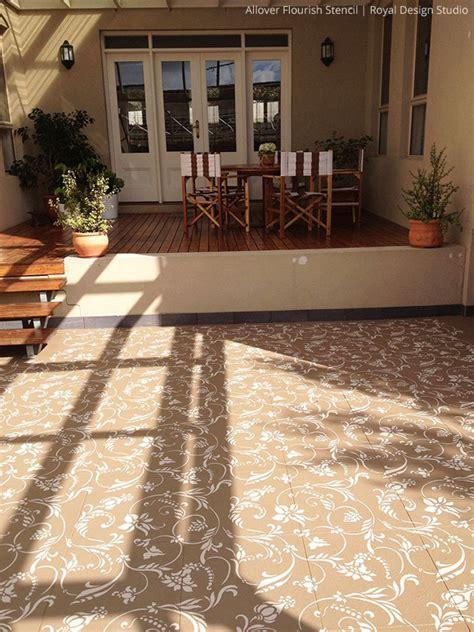 stylishly stenciled floors paint pattern