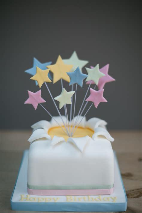 explosion cake cake  chloe