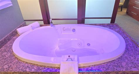 Hotels With Tubs In Room Mn by Minnesota Tub Suites Excellent Vacations