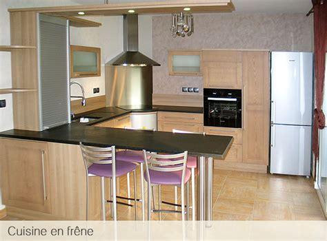 cuisine bois massif contemporaine cuisine contemporaine en bois massif maison design