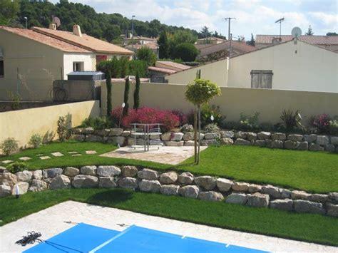 amenagement paysager autour d une piscine creusée am 233 nagement d un jardin autour d une piscine 224 velaux