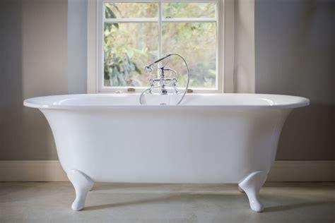repairing  bathtub     refinished