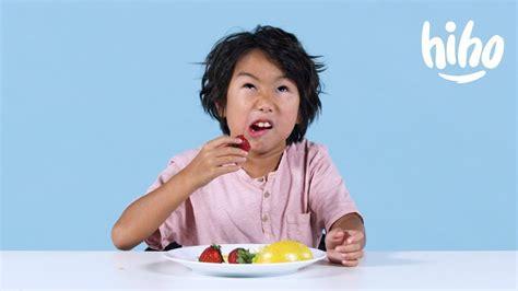 kids try miracle berries kids try hiho kids youtube