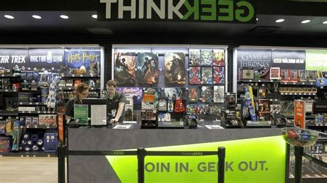 thinkgeek store coming  tacoma mall signs point