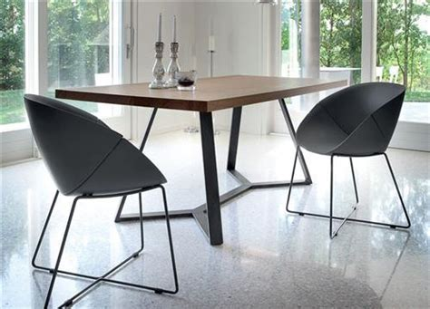 table et chaises design chaise design meubles bouchiquet