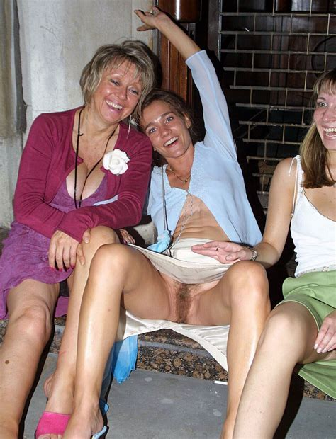 Wives Girlfriends Pussy Flashers Nice Cameltoe Pics