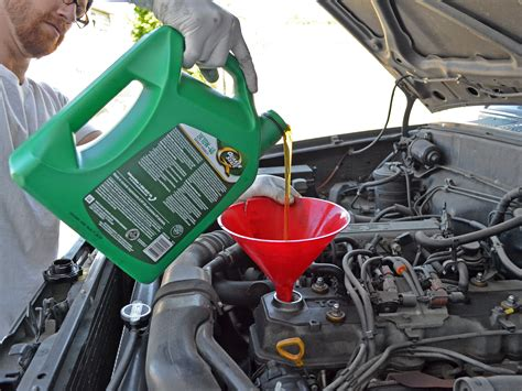toyota pickup oil change