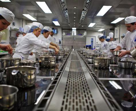 cours de cuisine cordon bleu l école de cuisine française et d hôtellerie cordon bleu