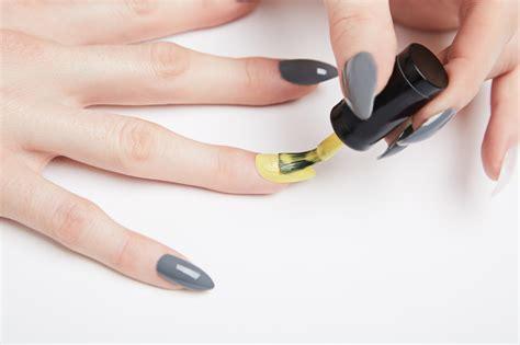 gelnägel selber machen anleitung mit tips geln 228 gel selber machen nagelmodellage erlernen mit 2 anleitungen nageldesign zenideen