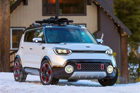 kia trailster  awd soul hybrid concept unveiled