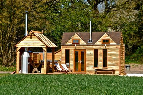 houses with tubs to rent tinywood homes come with their own tubs in the uk
