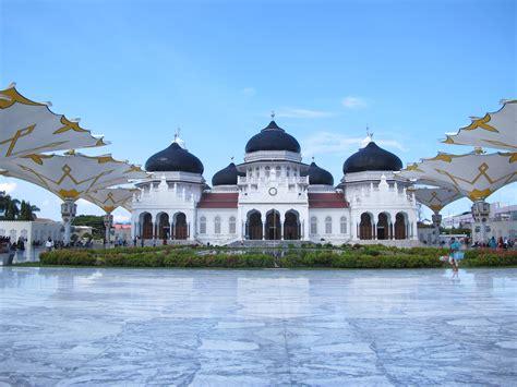 mesjid raya baiturrahman aceh pelancongan aceh sumatera