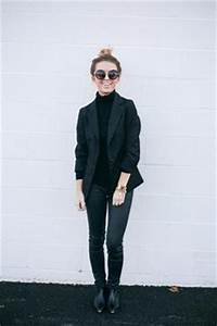 Black Outfits on Pinterest | All Black Leather Pants and Gym Outfits