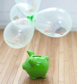heißluftballon basteln geschenk geldgeschenk in luftballons mit sparschwein geldgeschenke geldgeschenke geldgeschenke
