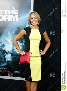 Dylan Dreyer - photos, news, filmography, quotes and facts