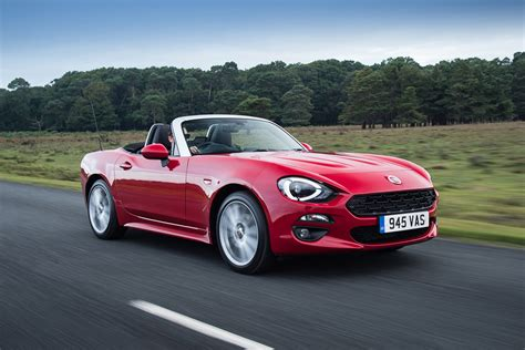 fiat spider 124 fiat 124 spider 2016 review uk pictures auto express