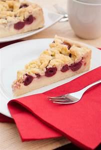 Kirschkuchen Blech Pudding : die besten 25 kirsch streuselkuchen ideen auf pinterest ~ Lizthompson.info Haus und Dekorationen