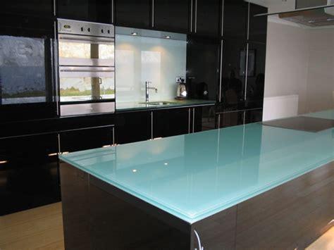 Kuchenarbeitsplatte Glas by K 252 Chenarbeitsplatten Die Vor Und Nachteile Der