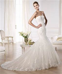 fit and flare mermaid strapless tulle lace wedding dress With fit and flare tulle wedding dress