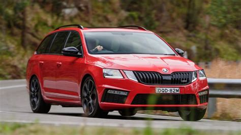 skoda octavia rs 245 tuning 2018 skoda octavia rs 245 review chasing cars