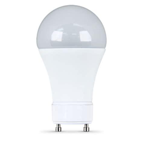 shop utilitech 7 watt 40w equivalent 3000k a19 gu24 pin
