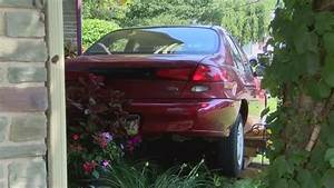 Car crashes into a front porch in Kingston   PAhomepage.com