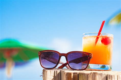 Dos & Don'ts Of The Office Summer Party  Morgan Mckinley