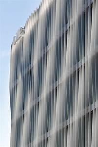 Kleine Schwester - Bürogebäude in Berlin von Barkow