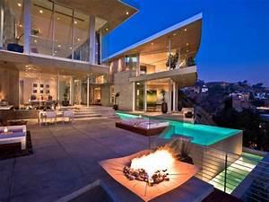 1 Billion Dollar Luxury Mansion - YouTube