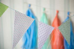 Wimpelkette Selber Basteln : wimpelkette aus papier basteln hand im gl ck mein do ~ Lizthompson.info Haus und Dekorationen