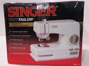 Singer Tiny Tailor Mending Machine Tt700 Electronic Sewing