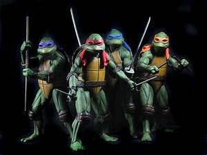 NECA Teenage Mutant Ninja Turtles 1/4 Scale Michelangelo ...