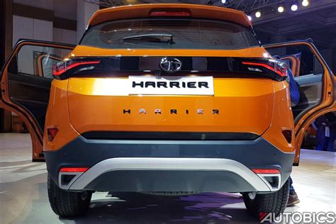 tata harrier rear  autobics