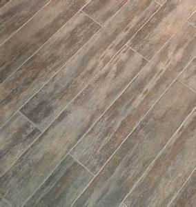 Carrelage Immitation Bois : 17 best ideas about carrelage effet bois on pinterest carrelage effet parquet carrelage ~ Nature-et-papiers.com Idées de Décoration