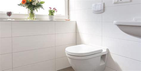 Weiße Fliesen Badezimmer bad fliesen weiss matt wohndesign