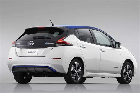 nissan leaf back the all new zero emission 2018 nissan leaf revealed autobics
