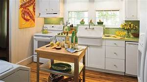 Stylish vintage kitchen ideas southern living for Vintage kitchen