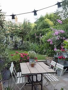 Best 20+ Cottage Gardens ideas on Pinterest