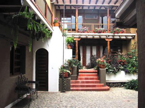 studio flat historic cuenca apartments  rent