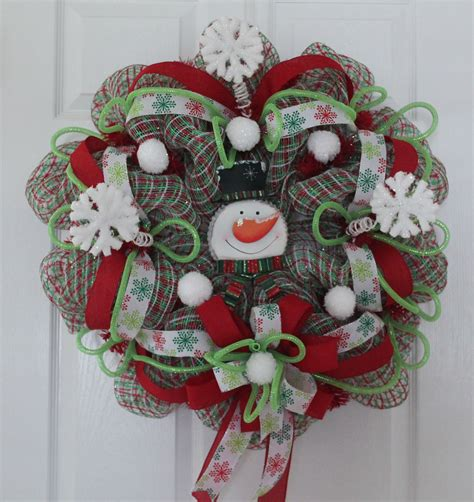 diy mesh christmas wreath baby  cold