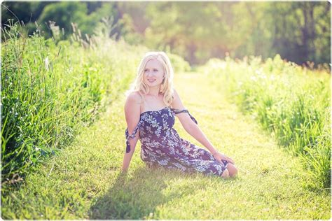 meet megan dsha class   waukesha senior photo