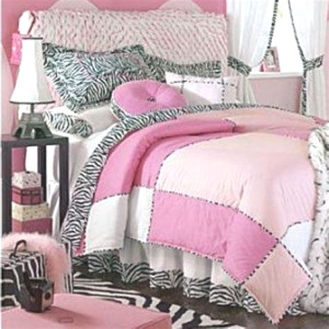 Pink Zebra Bedroom by Light Pink Zebra Bedding Emilee S Room Bedroom Decor
