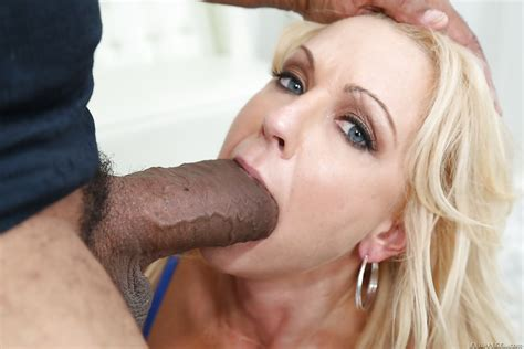 Over 30 Milf Naughty Alysha Giving A Huge Black Cock A