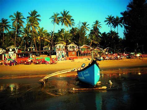 Boat Trip In Goa goa sightseeing goa day trips scuba diving